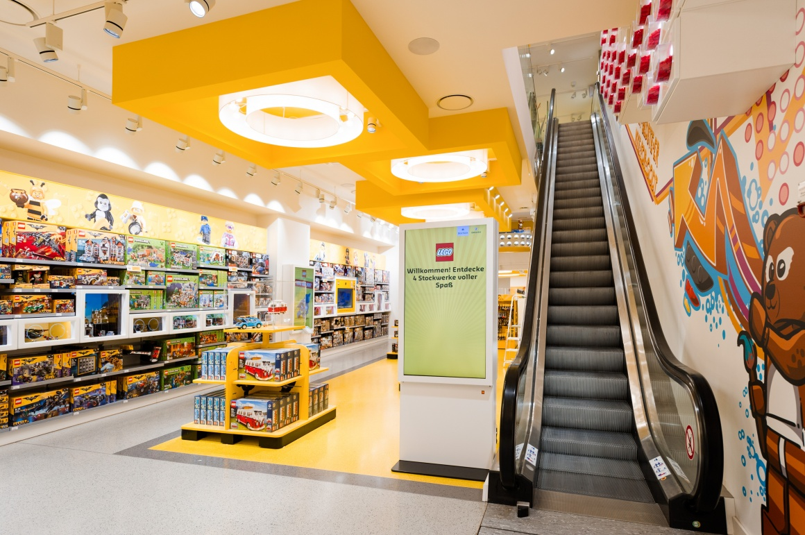 Lego Berlin Store
